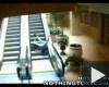 Vazze'! Ez a lépcső mozog!